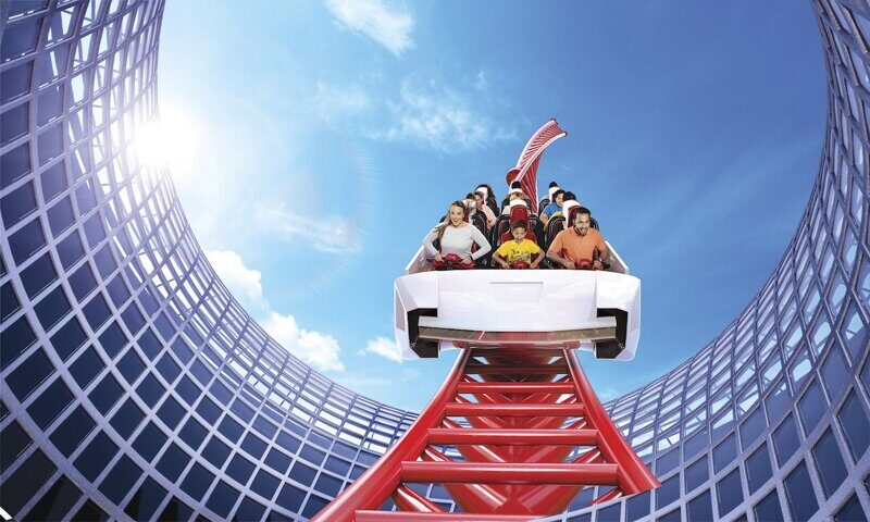 Ferrari World+ Yas Waterworld ( 2 парка в 1 день)